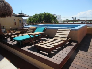 The hostel pool on the rooftop
