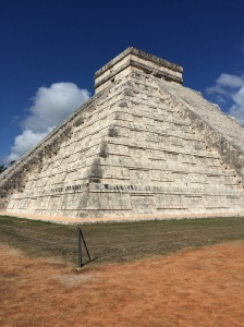 The gorgeous El Castillo at Chichen Itza
