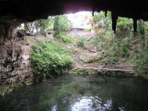 The beautiful Cenote Zaci in the middle of Valladolid