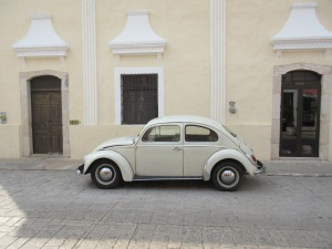 Beetle on a colonial street in Valladolid